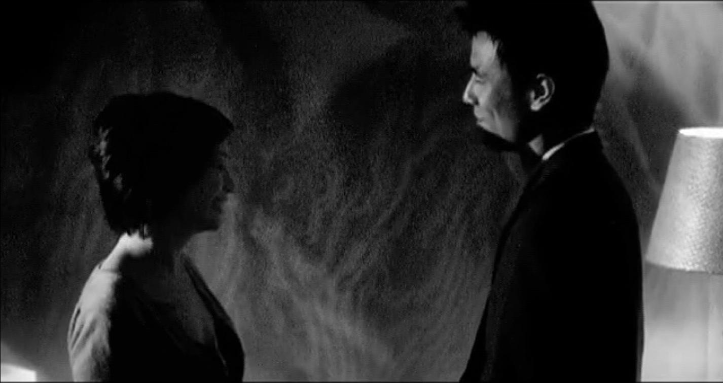 "trailer for ""Long Distance"" (2007) (score by Ben Rubin, tenor saxophone by Michael Blake)"